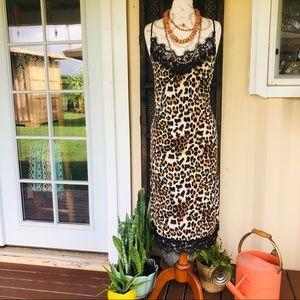 Dresses & Skirts - 🆕 Animal Print Lace Dress